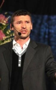 Grzegorz Uniwersał